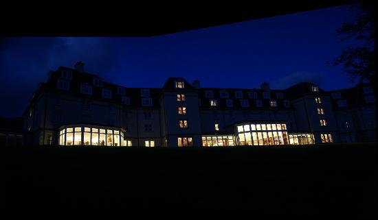 Ardgartan Hotel: early evening