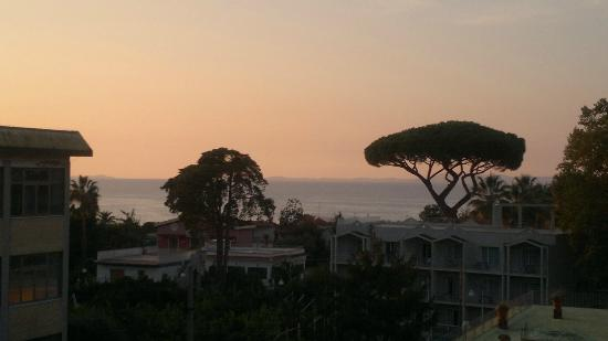 Hotel La Pergola: view from the roof