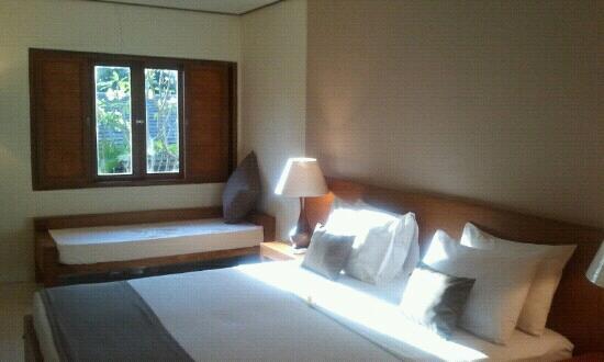 Nyiur Indah Beach Hotel : deluxe room