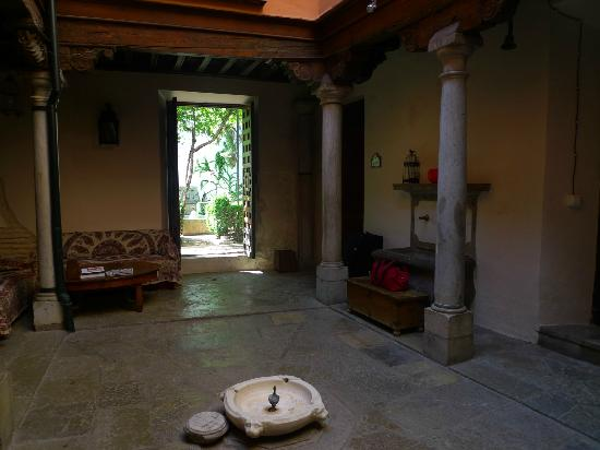 Apartamentos Carmen del Jazmin: lobby