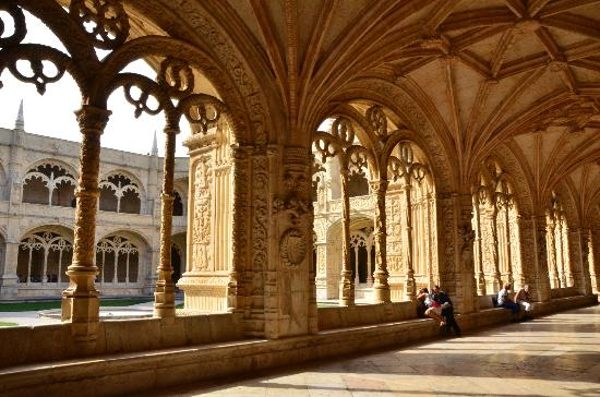 Biara Jeronimos (Mosteiro dos Jeronimos): Inside the Monastery
