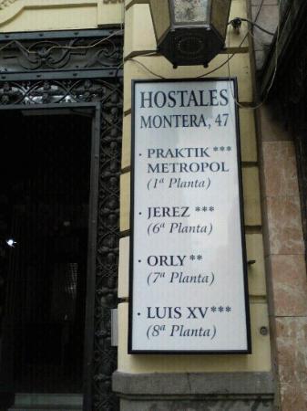 Hostal Luis XV : portal