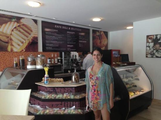 Live Aqua Cancun All Inclusive: Coffee shop! delicious