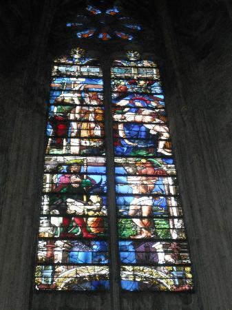 Cathédrale Saint-Étienne : De la couleur avant toute chose