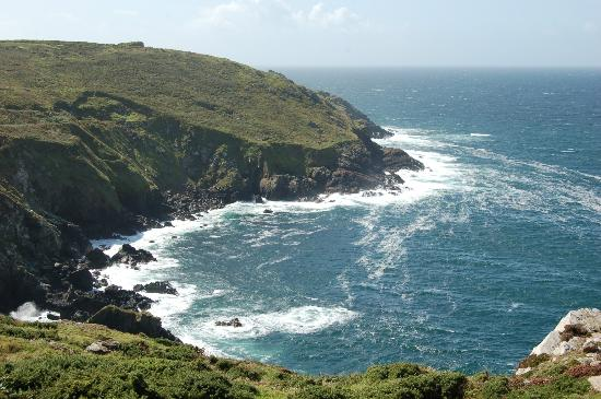 Cornish Coastal Path: Swirling seas