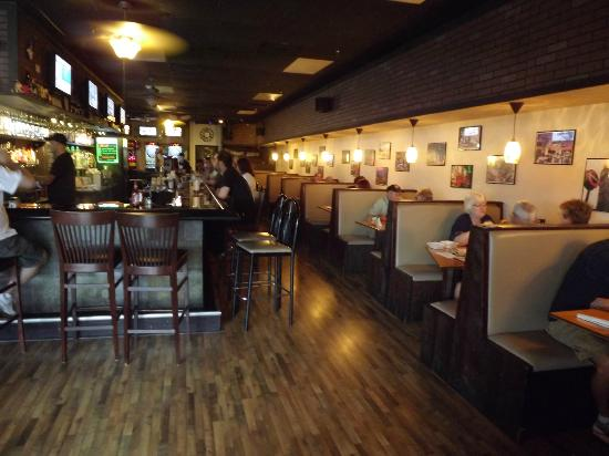 Grind House Bar and Grill: A look inside