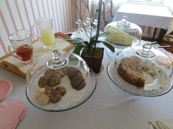 Bath Street Inn: !!!!!Afternoon tea time!!!