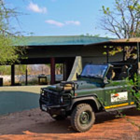 EcoTrek Safaris - Day Tours: Bush Camp