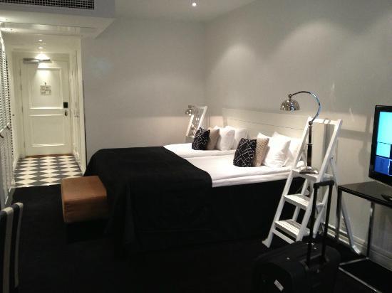 Fabian Hotel: Bedroom Room 101