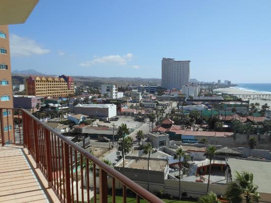 Rosarito Inn: Southern view