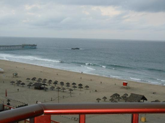 Rosarito Inn: Beach