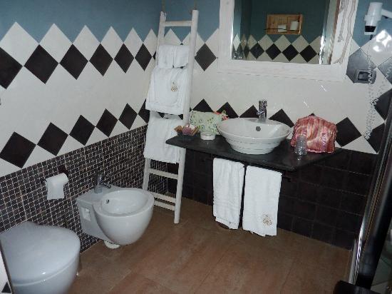 Hotel Borgo Pantano: Bathroom