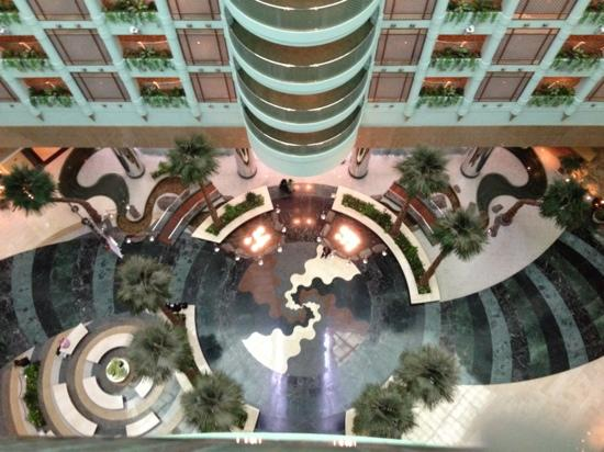 Jeddah Hilton Hotel: lobby from 9th floor view