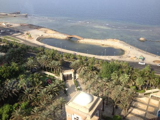 Jeddah Hilton Hotel: sea view from the 12th floor restaurant