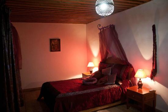 Riad Tayba: Suite Merinides
