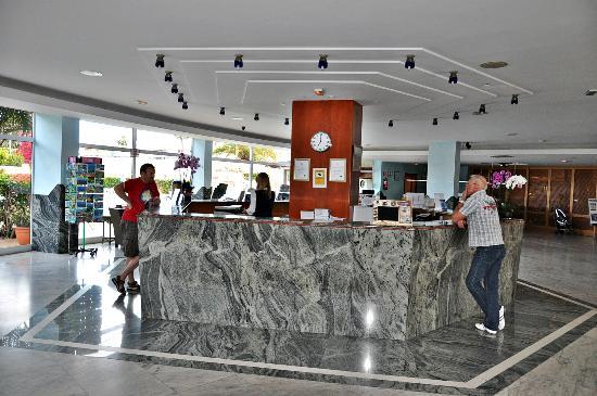 HL Hotel Rondo: Recepción