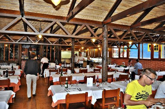 HL Hotel Rondo: Comedor Miraflor Suites