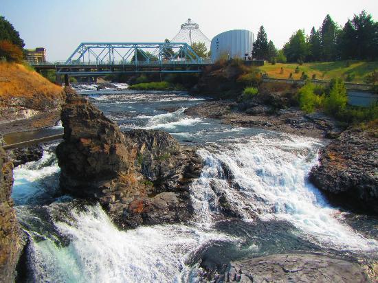 Downtown Spokane: Spokane Falls