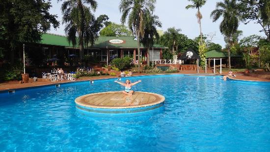 Hostel Inn Iguazu: Isla de la pileta
