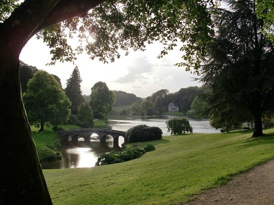 Stourhead House and Garden: Palladian Bridge