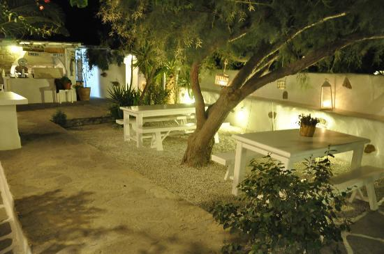 Siparos : Another view