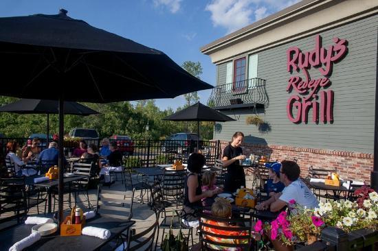 Rudy's Redeye Grill: Outdoor Patio