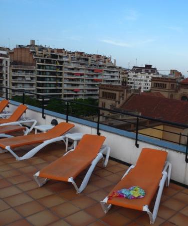 Sunotel Aston: 屋上からの眺め。これがバルセロナ一望と言えるでしょうか??