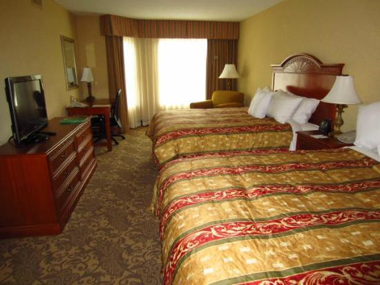 Homewood Suites by Hilton Asheville- Tunnel Road: Room w 2 queens