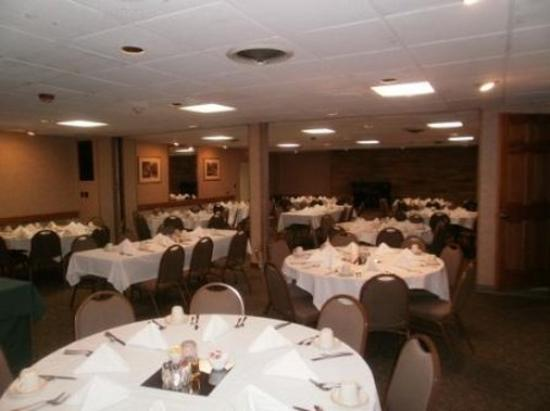 Days Inn & Suites Rhinelander: Banquet/Meeting Room