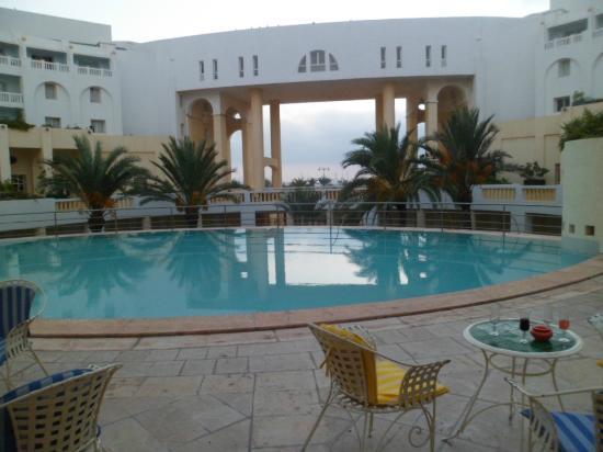 Medina Solaria & Thalasso: 6am on the patio