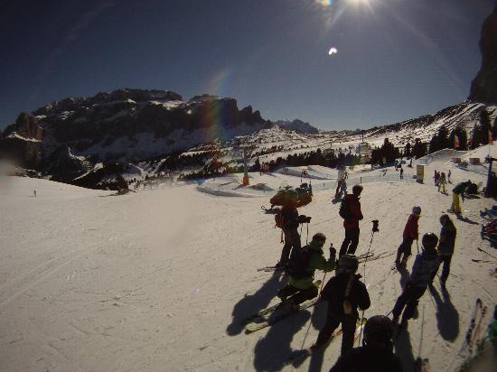 Dolomiti Ski Tour: Val Gardena snow park