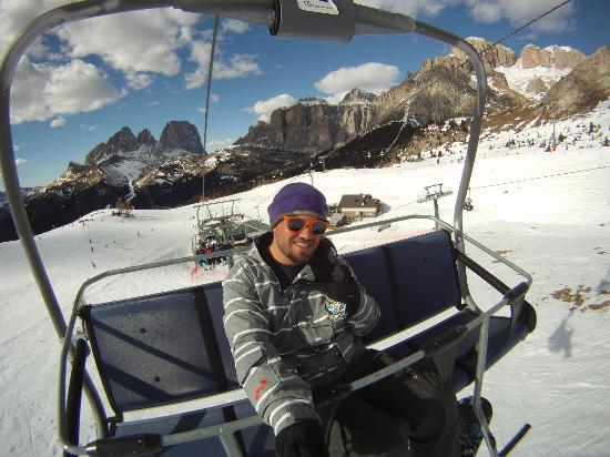 Dolomiti Ski Tour: Chairlift in the Belvedere area