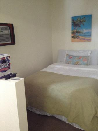 The Patriots Boutique Motel: Bed in the Nook