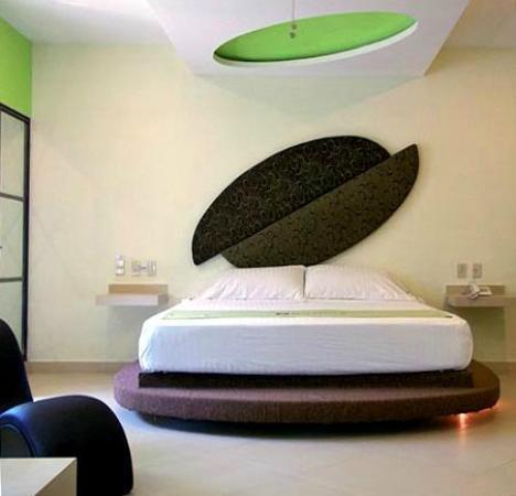 Motel Boutique Chocolate: Con el jacuzzi a lado de la cama