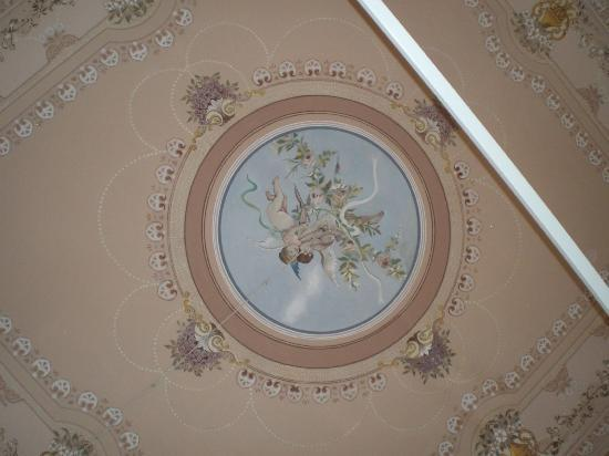 Bed and Breakfast Palazzo Giovanni: My rooms ceiling