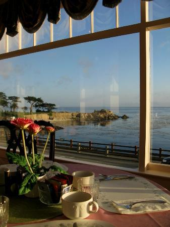 Seven Gables Inn: Breakfast Room view