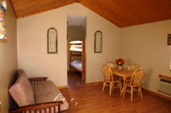 Gasconade Hills: Interior Cottage #10