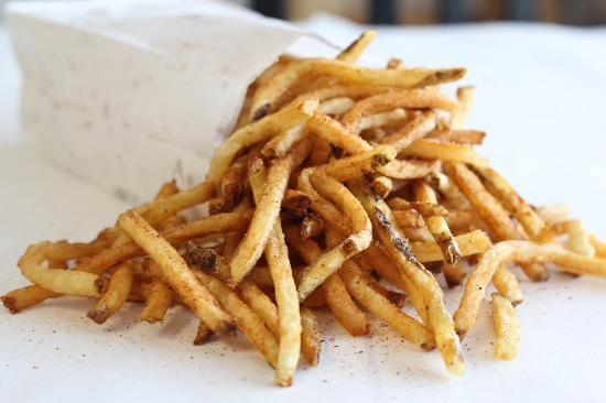 Hendersonville, TN: Hand-Cut Sax O'Fries