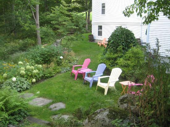Camden Maine Stay Inn: Maine Stay Inn Gardens