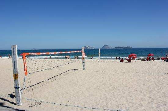 Hostel Harmonia: The beach at Ipanema