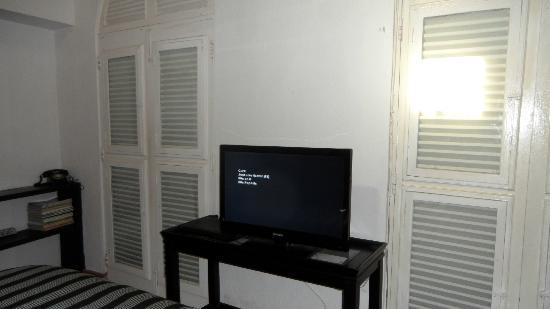 Caleta 64 Apartment: Bedroom TV
