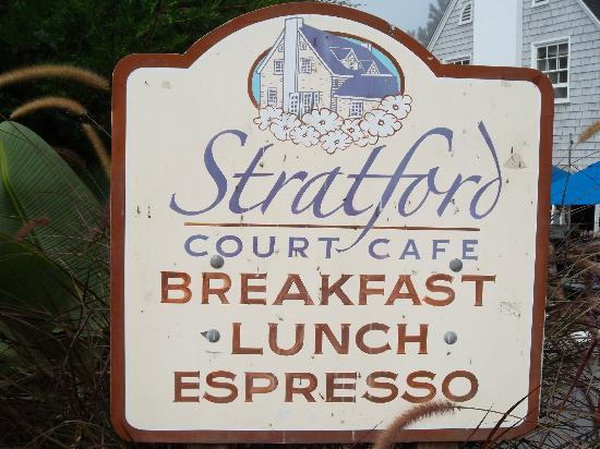 Stratford Court Cafe: The location