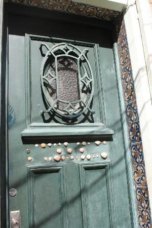 Hostel Harmonia: The front door of the casa