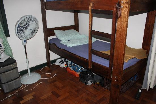 Hostel Harmonia : My bunk at the bottom - very comfy :)