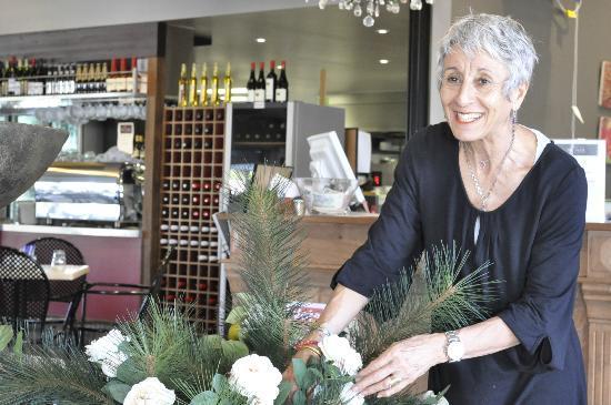 The Nook Caffe Restaurant : Mary Goodland - Hostess