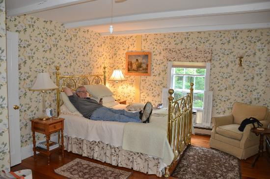 Camden Maine Stay Inn: Dogwood Room