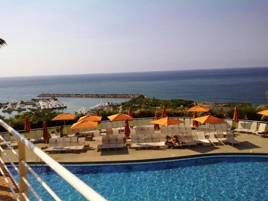 Venezuela Marriott Hotel Playa Grande: Otra vista de la piscina