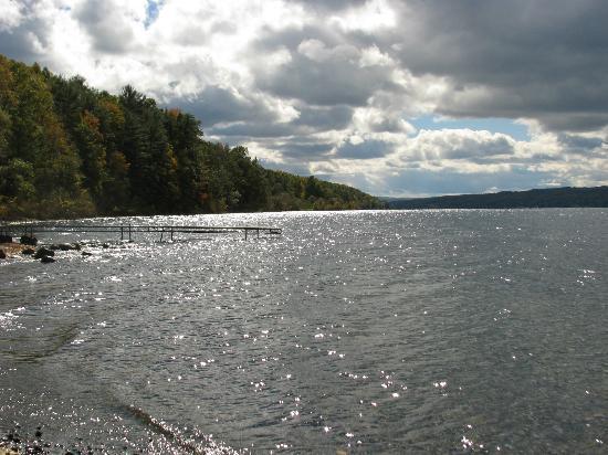 Keuka Lake State Pk