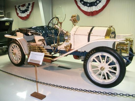 The Seal Cove Auto Museum: So many beautiful cars!