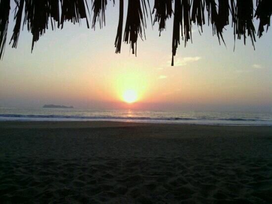 A perfect sunset @ Villa Don Manuel, Barra de Potosi, Guerrero, Mexico.